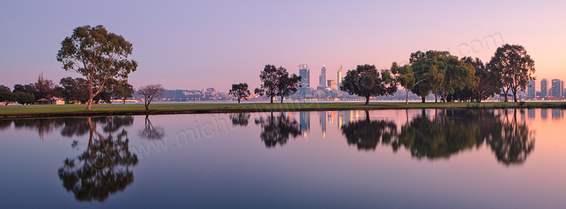Sunrise by the Swan River, 13th July 2013