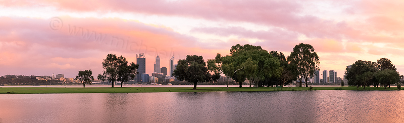 Sunrise by the Swan River, 15th September 2013