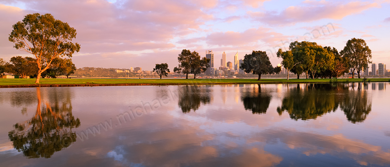 Sunrise by the Swan River, 27th September 2013