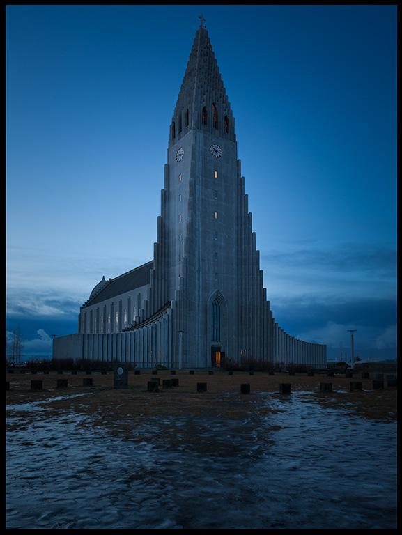 Hallgrims church in Reykjavik at dawn