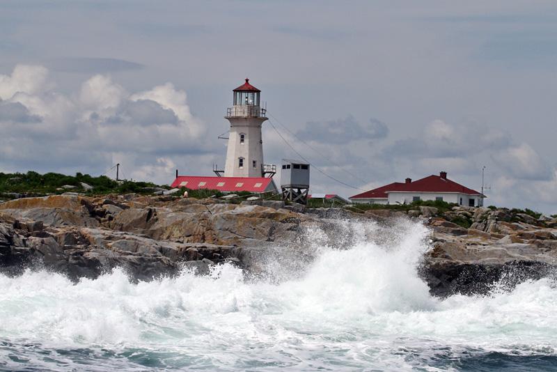 IMG_8576a Machias Seal Island Light.jpg