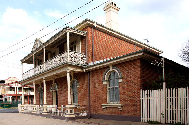 Former Gold Rush Period Pubs