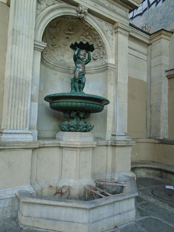 <a target=_blank href=http://tinyurl.com/mha7wr3>fontaine charlemagne</a>