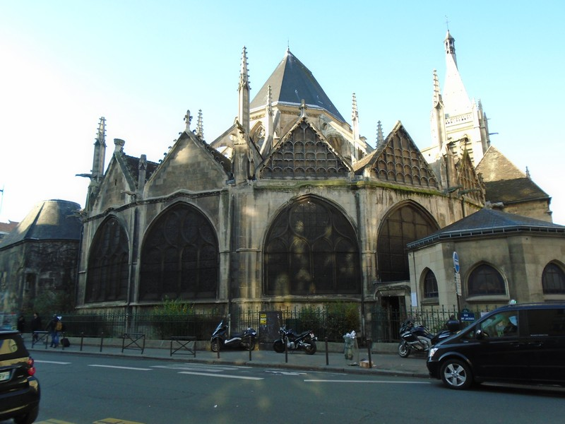 <a target=_blank href=http://en.wikipedia.org/wiki/Saint-S%C3%A9verin,_Paris>Saint-Séverin</a>