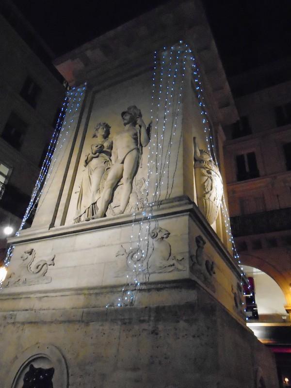 <a target=_blank href=http://tinyurl.com/o6vc3td>fountains of paris</a>