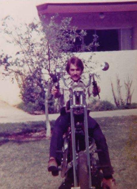 Jeff Knapp 1976<br>Triley Davidrumph<br>custom chopper