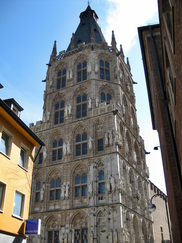 Köln (Cologne). Rathaus (City Hall)