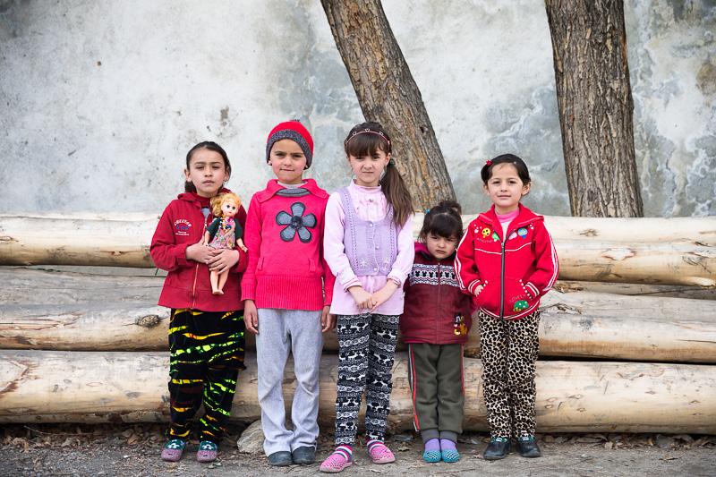 Five Pamiri girls - Khorog