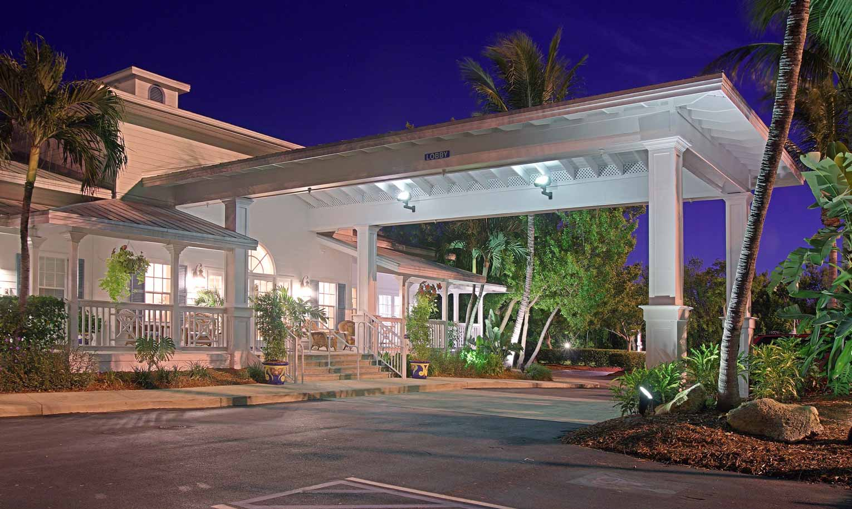 Hyatt Beach House Entrance 1