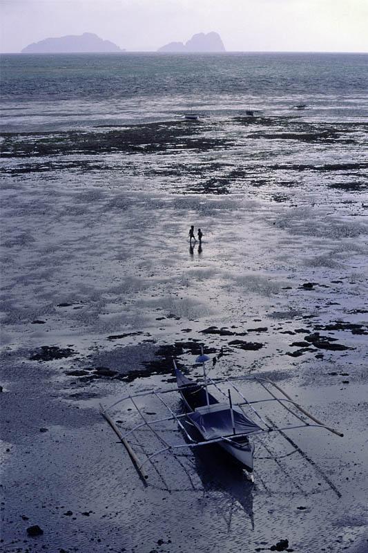 Low tide at Palawan beach, Philipines