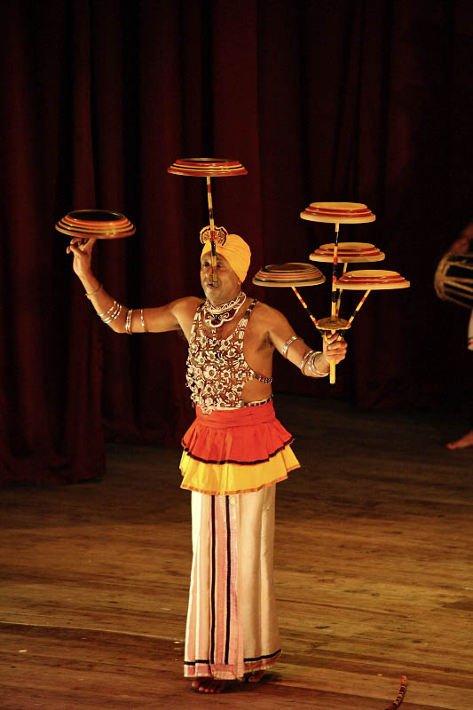 Kandy, traditional show
