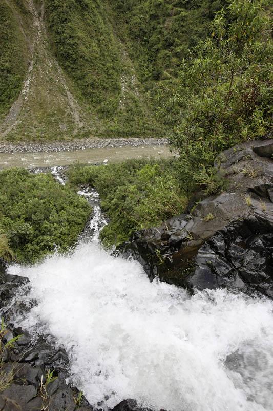 Manto de la Novia, Ecuador