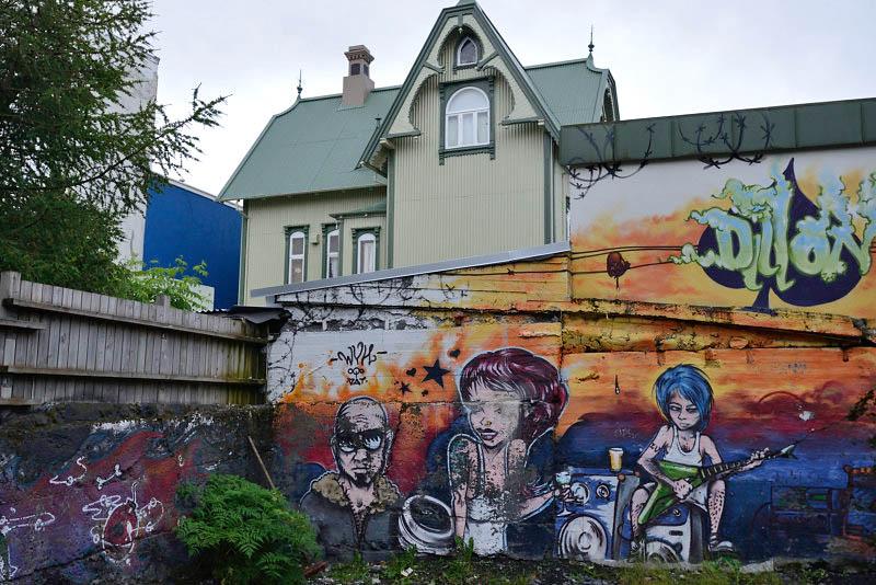 Reikjavik, backyard graffiti