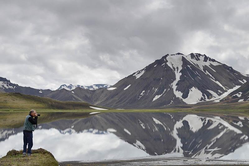 Lake by the side of the Road F208 near Landmannalaugar