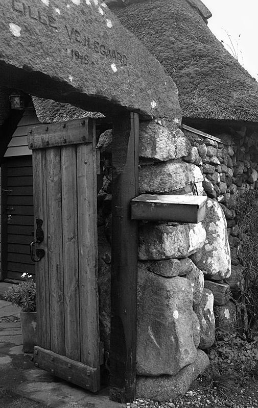 The stone house / Stenhuset, Lille Vejlegaard
