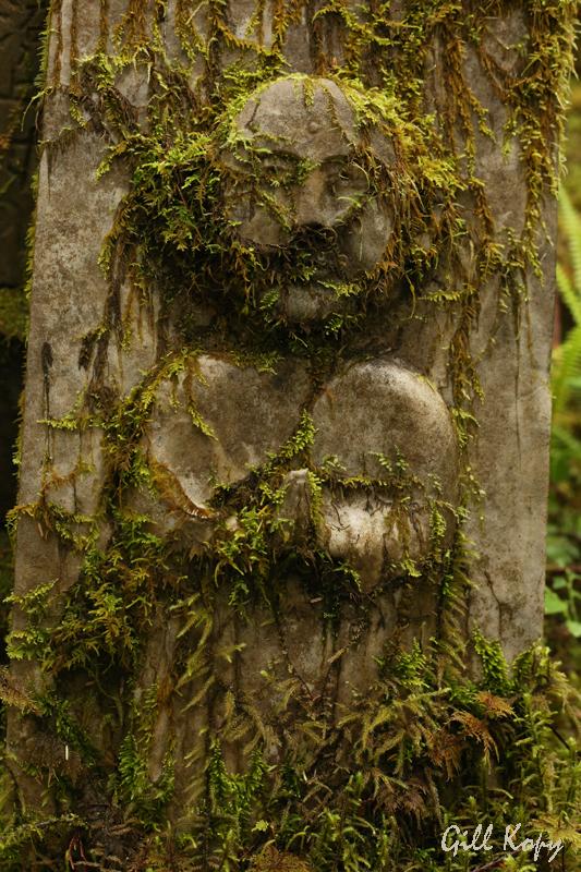 Tomb stone.jpg