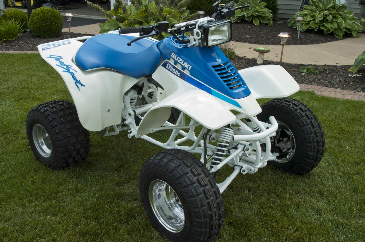thinking about grabbing an lt250 quad sport some questions suzuki atv forum. Black Bedroom Furniture Sets. Home Design Ideas