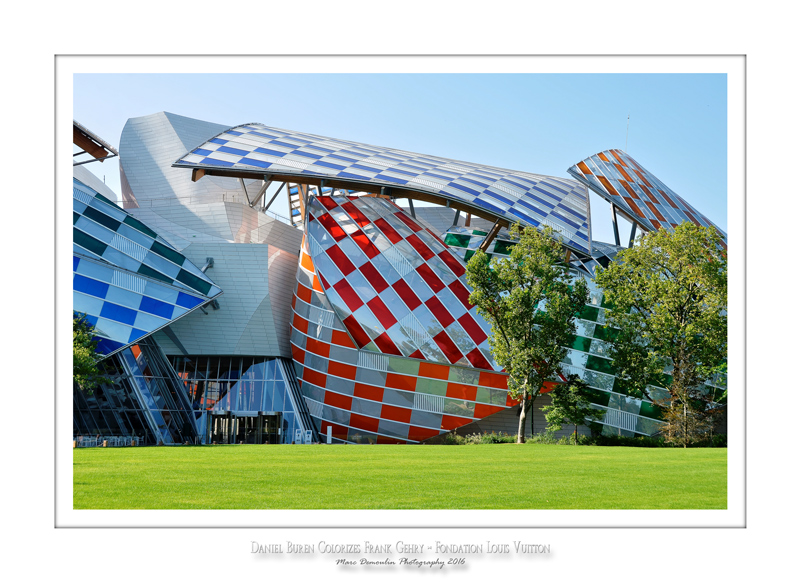 Fondation Louis Vuitton colorized by Daniel Buren 12