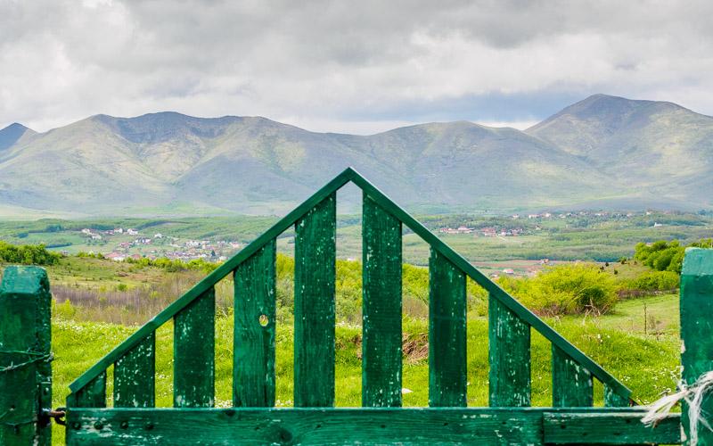 Cemetery gate on Çabrat Hill