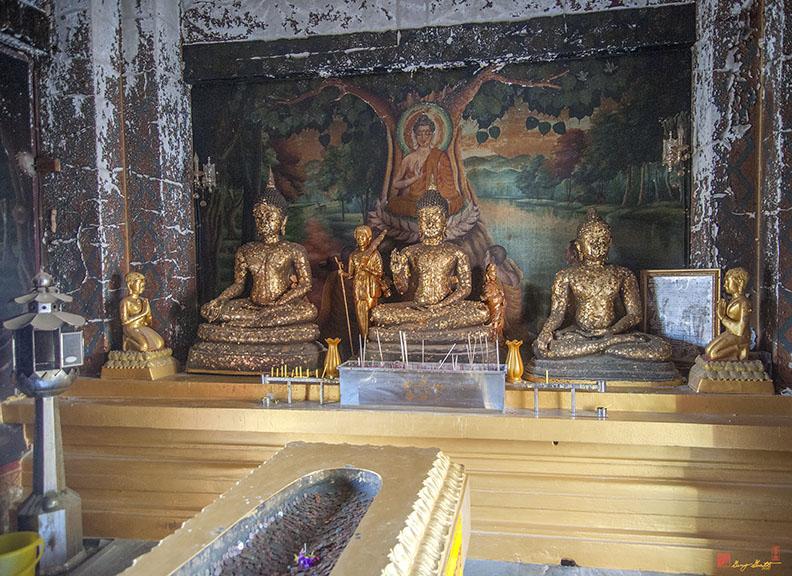 Wat Khao Phra Bat Pattaya Shrine Buddha Images (DTHCB0061)
