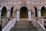 41441 - Steps at Doges Palace