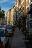 walking along St-Antoine