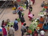 Le marché tôt le matin