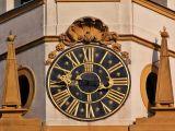 Loreta clock
