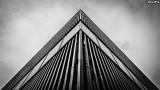 12-069 ModernPyramid