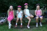 les filles sur banc.jpg