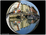 Digital Spheres & Amazing Circles