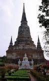 40092611.m_chaimongkhon_back.jpg