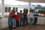 Niños en el Quiosco del Parque de Santo Tomas Milpas Altas