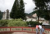 Iglesia Vista Desde el Quisco del Parque