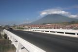 La Autopista al Oceano Pacifico Atraviesa el Municipio