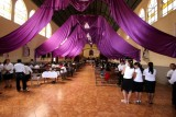 Interior de laIglesia Catolica