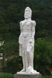 Estatua de Juan Matalbatz,  Gobernador de las Verapaces