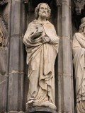 Aachener Dom, statue on the outside wall