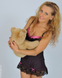 Annamaria,I'm lost in your eyes ...  (Anyone knows Teddy,the lucky guy?)
