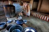 Between pots and pans