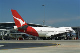 QANTAS BOEING 747 200 BNE RF 972 21.jpg