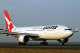 QANTAS AIRBUS A330 200 SYD RF IMG_6414.jpg