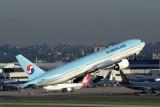 KOREAN AIR BOEING 777 200 SYD RF IMG_9691.jpg