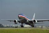 AMERICAN BOEING 777 200 GRU RF 1736 10.jpg