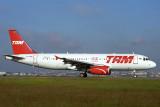 TAM AIRBUS A320 GRU RF 1734 6.jpg
