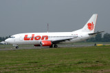 LION BOEING 737 300 CGK RF IMG_7133.jpg