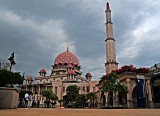 Masjid Putrajaya by Tabrizi