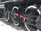 20090218-trainwheels.jpg
