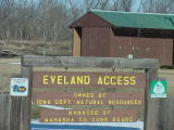 Eveland access sign and shelter