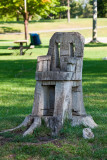 Carved tree trunk in Zwick's Island Park